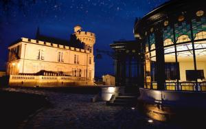 1-Chateau-Pape-Clement--2-