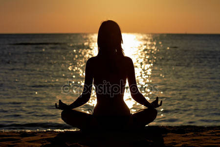 depositphotos_8742003-stock-photo-woman-in-yoga-lotus-medita
