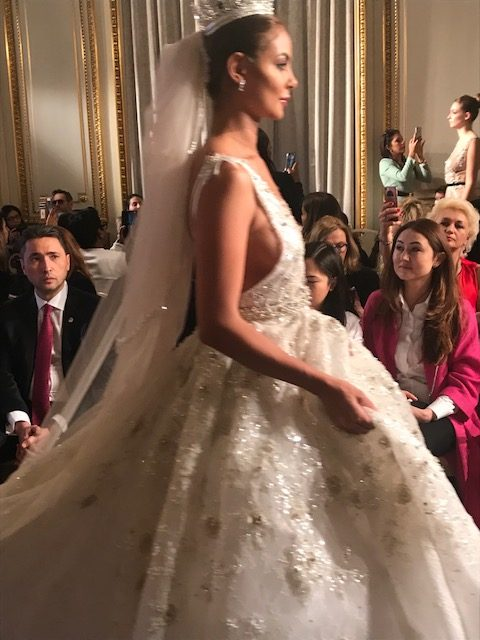 Paris Haute Couture Fashion Week Janvier 22-25, 2018